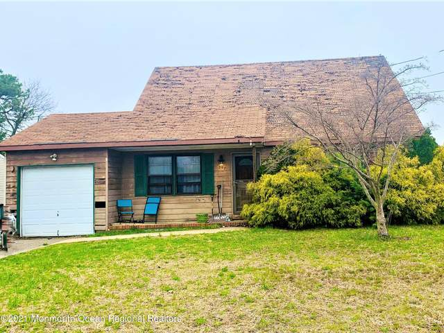 357 Dogwood Drive, Brick, NJ 08723 (MLS #22110976) :: The MEEHAN Group of RE/MAX New Beginnings Realty