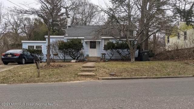 191 Delaware Avenue, Oakhurst, NJ 07755 (MLS #22110991) :: The MEEHAN Group of RE/MAX New Beginnings Realty