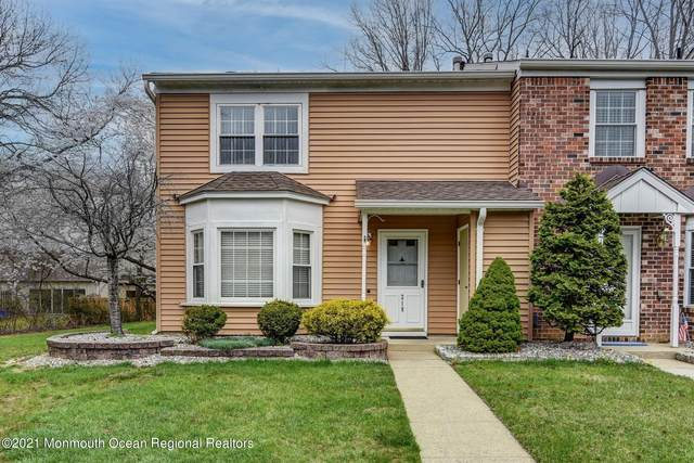 218 Yorkshire Court, Old Bridge, NJ 08857 (MLS #22111096) :: The MEEHAN Group of RE/MAX New Beginnings Realty