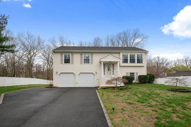 53 Cambridge Drive, Jackson, NJ 08527 (MLS #22111206) :: The MEEHAN Group of RE/MAX New Beginnings Realty