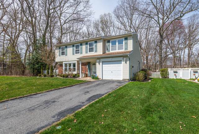 17 Hazelwood Court, Howell, NJ 07731 (MLS #22111210) :: Caitlyn Mulligan with RE/MAX Revolution