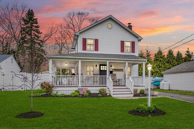 207 Barton Avenue, Point Pleasant, NJ 08742 (MLS #22111385) :: The MEEHAN Group of RE/MAX New Beginnings Realty