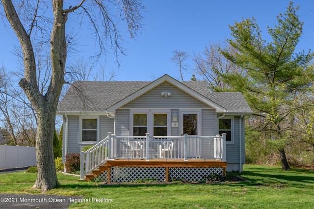 13 Clayton Avenue, Toms River, NJ 08755 (MLS #22111617) :: The MEEHAN Group of RE/MAX New Beginnings Realty