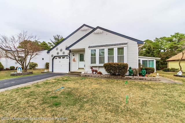 14 Ardmore Street #61, Whiting, NJ 08759 (MLS #22111660) :: The MEEHAN Group of RE/MAX New Beginnings Realty