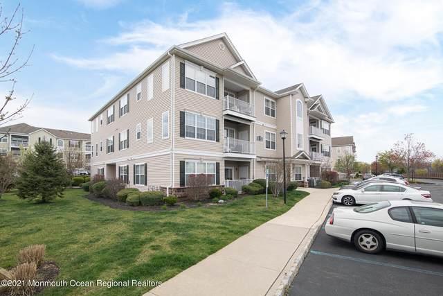 522 Mill Pond Way #92, Eatontown, NJ 07724 (#22112139) :: Rowack Real Estate Team