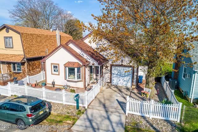 69 Wilson Avenue, Laurence Harbor, NJ 08879 (MLS #22112244) :: The MEEHAN Group of RE/MAX New Beginnings Realty