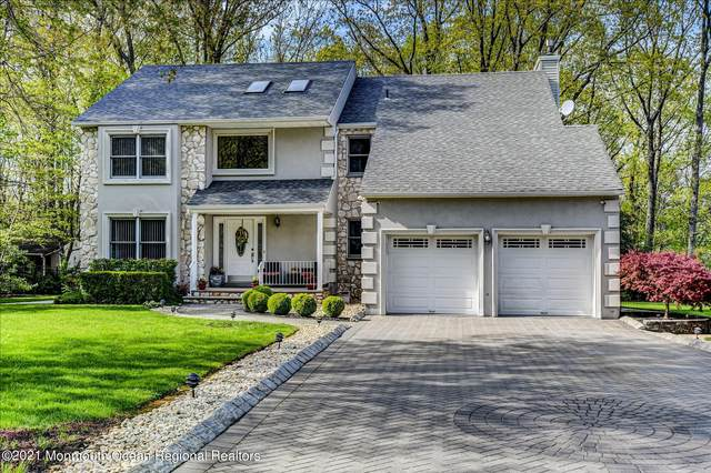 4 Oxford Court, Matawan, NJ 07747 (MLS #22112337) :: The MEEHAN Group of RE/MAX New Beginnings Realty