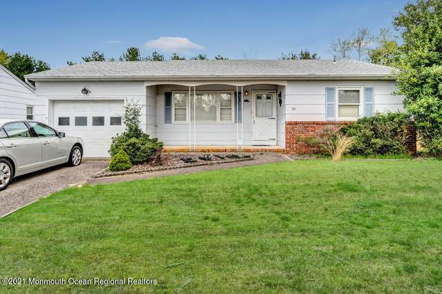 30 Sherwood Lane, Toms River, NJ 08757 (MLS #22112699) :: William Hagan Group