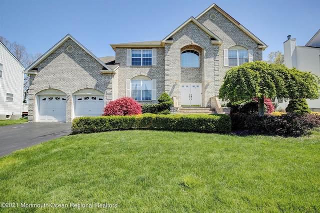 7 Peregrine Drive, Morganville, NJ 07751 (MLS #22112767) :: Kiliszek Real Estate Experts