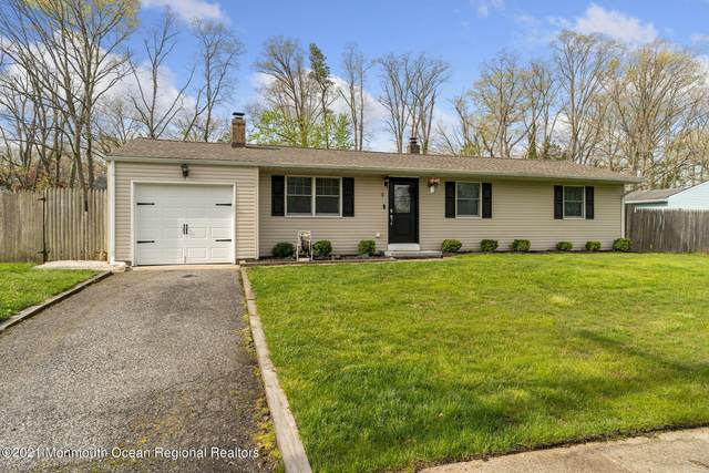 9 Redwood Road, Howell, NJ 07731 (MLS #22113070) :: The CG Group | RE/MAX Revolution