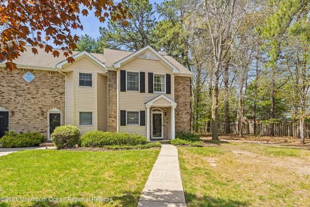 15 Weller Place, Holmdel, NJ 07733 (#22113118) :: Rowack Real Estate Team