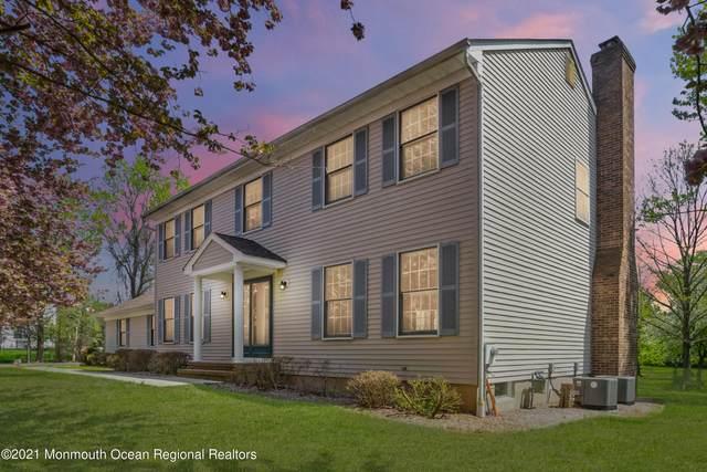 10 Hickory Drive, Millstone, NJ 08535 (MLS #22113167) :: PORTERPLUS REALTY