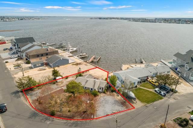 40 Captains Drive, Brick, NJ 08723 (MLS #22113331) :: Kiliszek Real Estate Experts