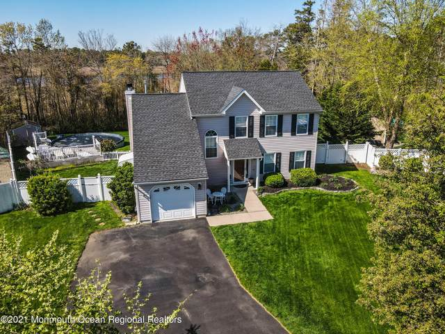 71 Holly Tree Lane, Toms River, NJ 08753 (MLS #22113380) :: Kiliszek Real Estate Experts