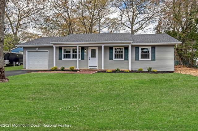 422 Glenwood Drive, Forked River, NJ 08731 (MLS #22113385) :: The Sikora Group