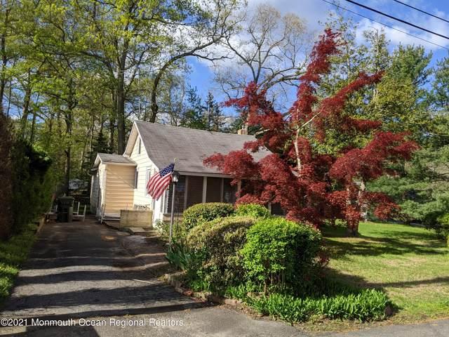 7 Willow Avenue, Farmingdale, NJ 07727 (MLS #22113422) :: The Sikora Group