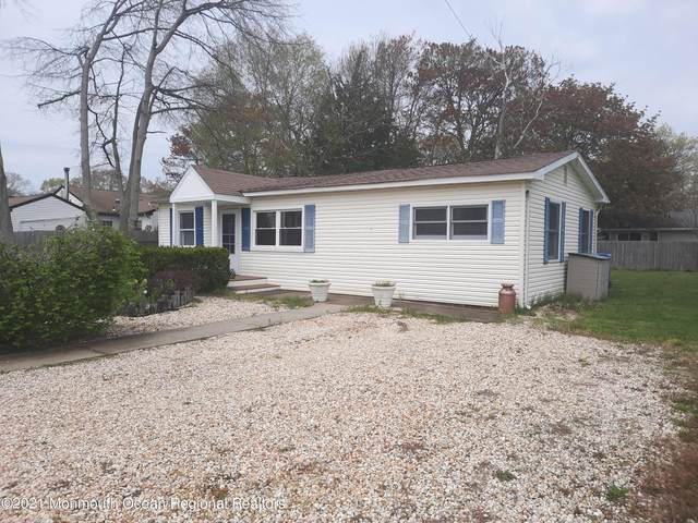 2304 5th Avenue, Toms River, NJ 08753 (MLS #22113542) :: Kiliszek Real Estate Experts