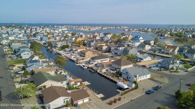 33 Drake Way, Toms River, NJ 08753 (#22113969) :: Daunno Realty Services, LLC