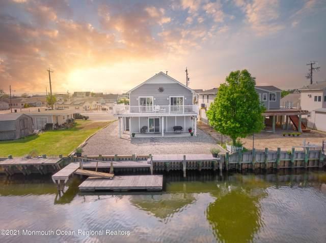 443 Twin Lakes Boulevard, Little Egg Harbor, NJ 08087 (MLS #22114085) :: The Sikora Group