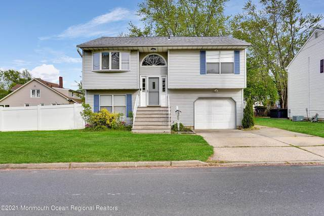 217 County Road, Cliffwood, NJ 07721 (MLS #22114141) :: The Sikora Group
