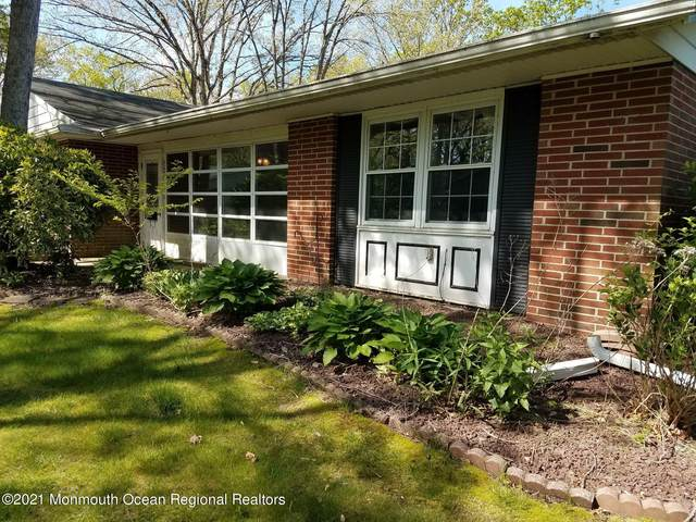 615D Huntington Drive, Lakewood, NJ 08701 (MLS #22114193) :: The MEEHAN Group of RE/MAX New Beginnings Realty