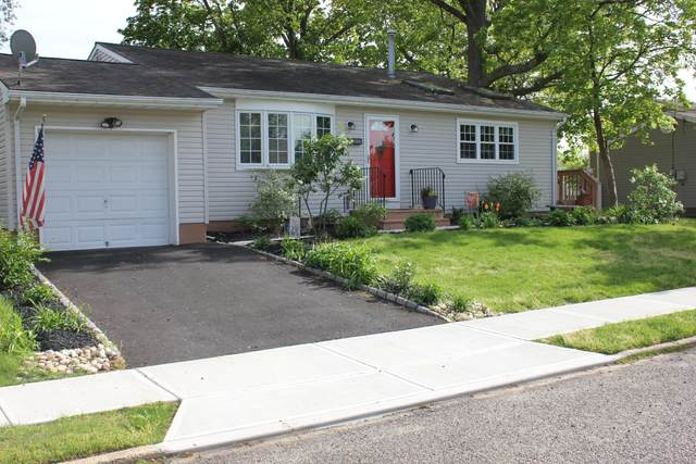 18 Garden Terrace, Hazlet, NJ 07730 (MLS #22114196) :: The CG Group | RE/MAX Revolution