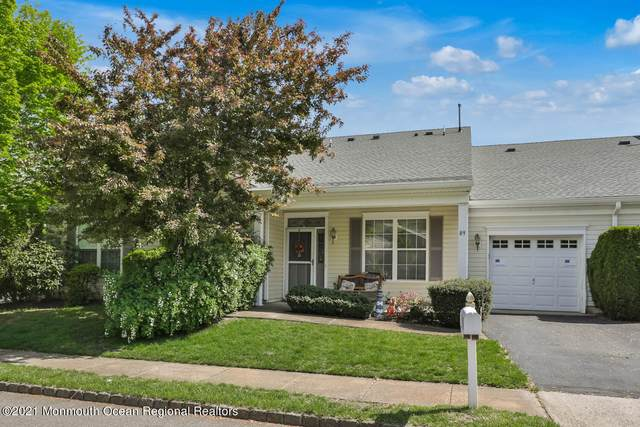 89 Greenlawns Drive #1000, Lakewood, NJ 08701 (MLS #22114353) :: The Sikora Group