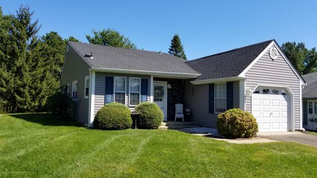 53 Birchwood Drive, Whiting, NJ 08759 (MLS #22114409) :: William Hagan Group