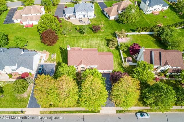 11 Millman Drive, East Brunswick, NJ 08816 (MLS #22114590) :: The Sikora Group