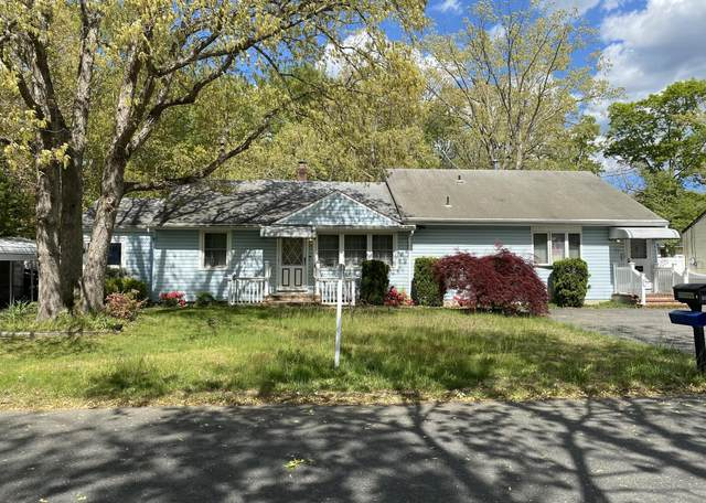 71 Crest Drive, Freehold, NJ 07728 (MLS #22114617) :: The CG Group | RE/MAX Revolution