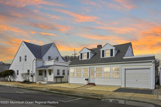 807 Grand Central Avenue, Lavallette, NJ 08735 (MLS #22114691) :: The Sikora Group