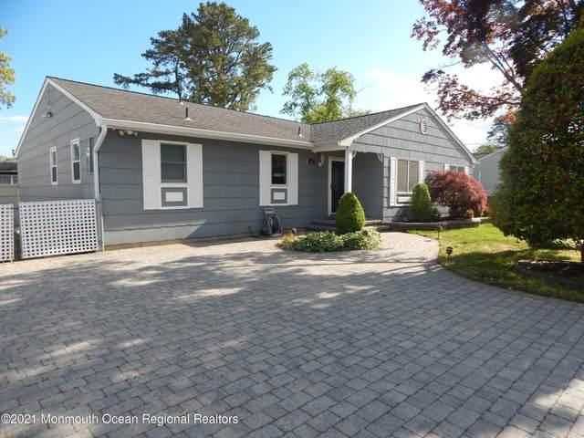 87 Holly Tree Lane, Toms River, NJ 08753 (MLS #22114809) :: Kiliszek Real Estate Experts