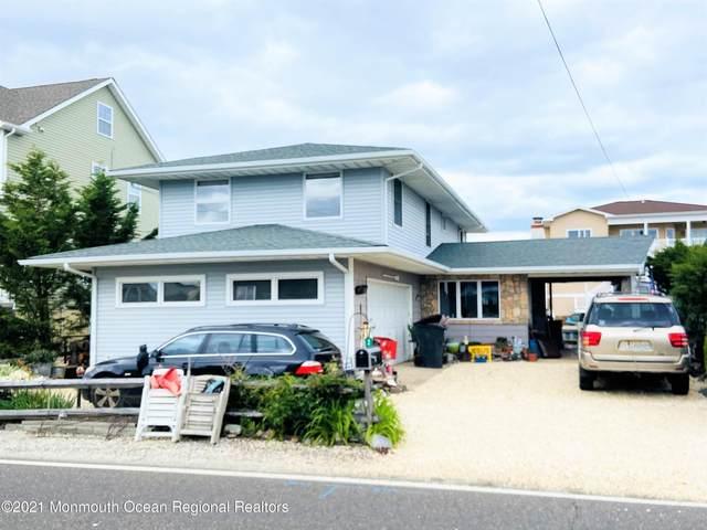 328 Silver Bay Road, Toms River, NJ 08753 (MLS #22114840) :: Kiliszek Real Estate Experts