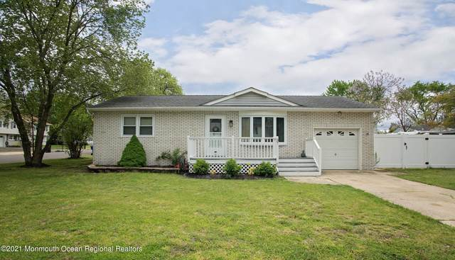 37 Heather Road, Toms River, NJ 08753 (MLS #22114929) :: The Sikora Group