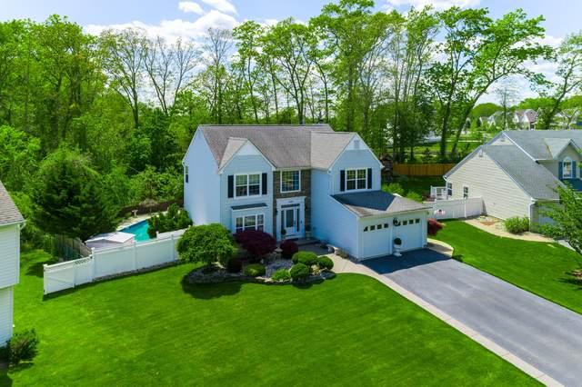 636 Loxley Drive, Toms River, NJ 08753 (MLS #22114967) :: Kiliszek Real Estate Experts