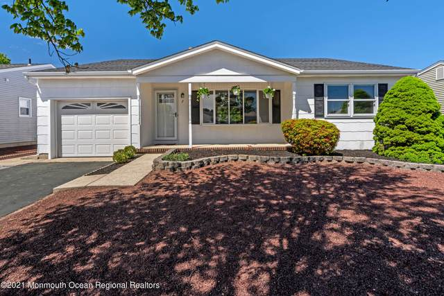 7 Norway Road, Toms River, NJ 08757 (MLS #22115009) :: The Dekanski Home Selling Team