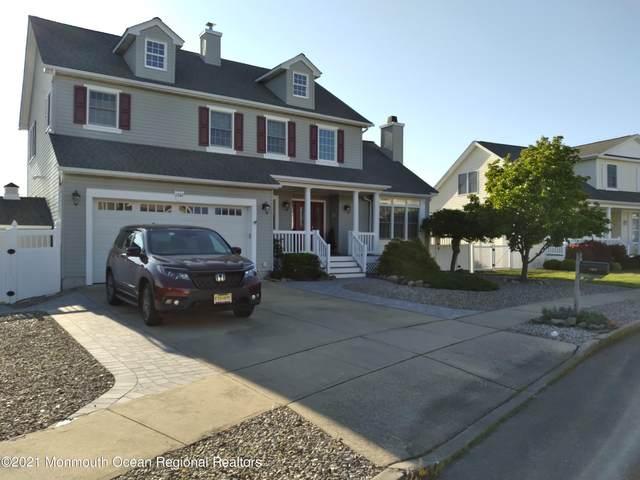 1352 Laurel Boulevard, Lanoka Harbor, NJ 08734 (MLS #22115130) :: The MEEHAN Group of RE/MAX New Beginnings Realty