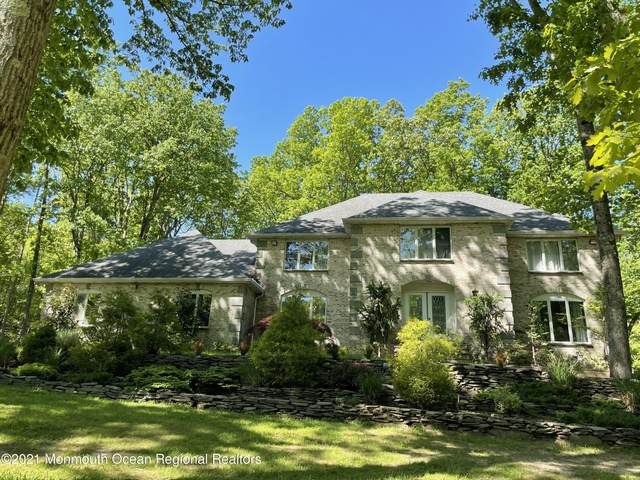2 Lakeview Drive, Perrineville, NJ 08535 (MLS #22115182) :: William Hagan Group