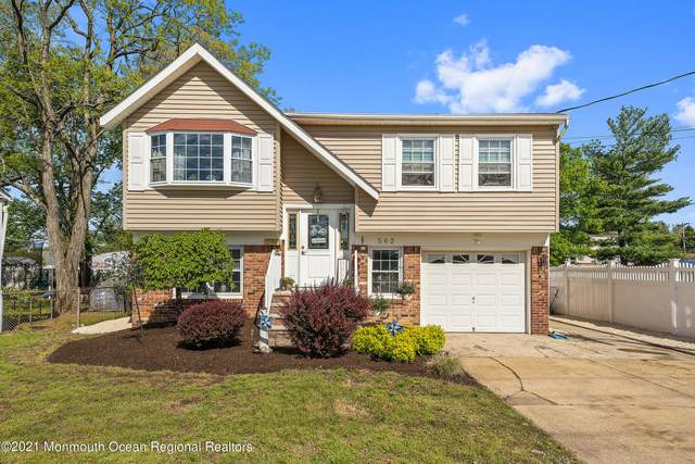 562 Palmer Avenue, Middletown, NJ 07748 (#22115354) :: Daunno Realty Services, LLC
