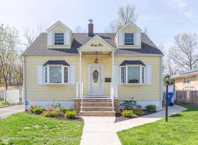 65 E William Street, Fords, NJ 08863 (MLS #22115887) :: The MEEHAN Group of RE/MAX New Beginnings Realty