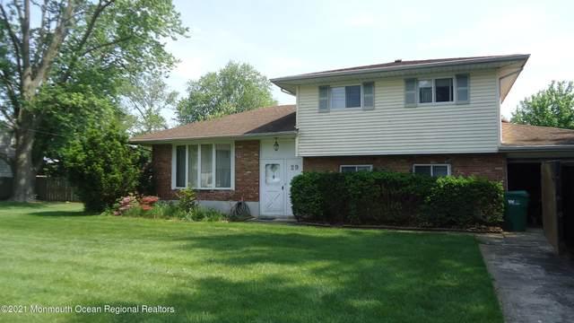 29 Schaeffer Lane, Freehold, NJ 07728 (MLS #22116046) :: The MEEHAN Group of RE/MAX New Beginnings Realty