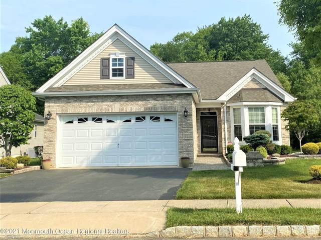 55 Chesterfield Drive, Jackson, NJ 08527 (MLS #22116150) :: Caitlyn Mulligan with RE/MAX Revolution