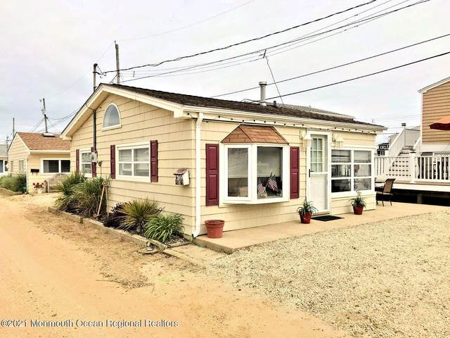 110 W Crane Way, Lavallette, NJ 08735 (MLS #22116277) :: The DeMoro Realty Group | Keller Williams Realty West Monmouth