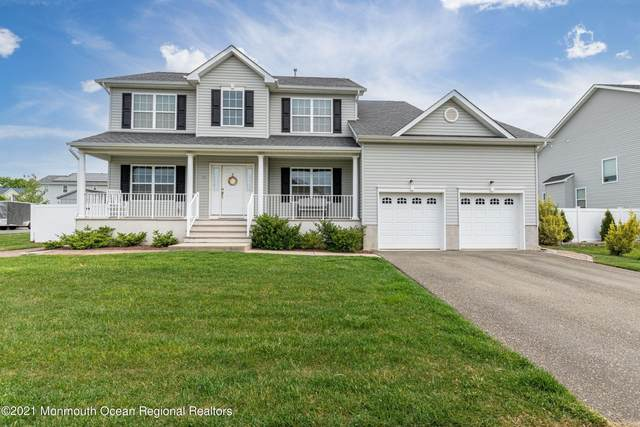 36 Bridle Path, Bayville, NJ 08721 (MLS #22116413) :: The MEEHAN Group of RE/MAX New Beginnings Realty