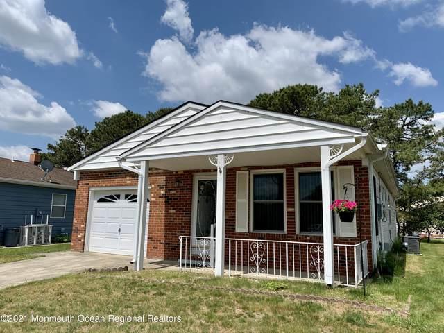 46 Normanton Court, Toms River, NJ 08757 (MLS #22116443) :: Kiliszek Real Estate Experts