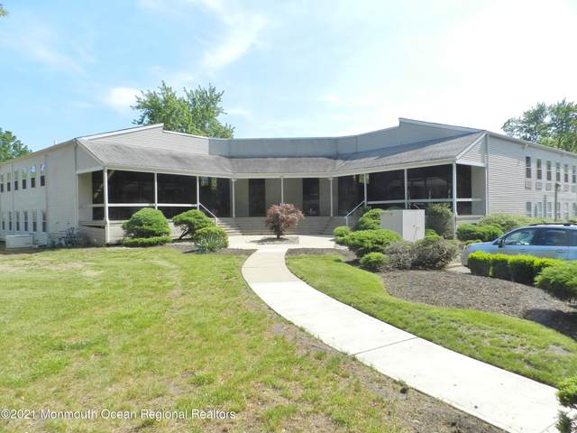59 Avenue At The Common, Shrewsbury Twp, NJ 07724 (MLS #22116453) :: The MEEHAN Group of RE/MAX New Beginnings Realty