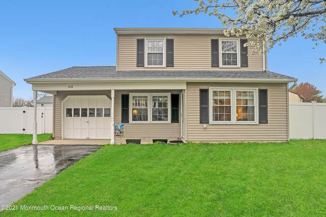 618 Branch Drive, Toms River, NJ 08755 (MLS #22116574) :: The MEEHAN Group of RE/MAX New Beginnings Realty