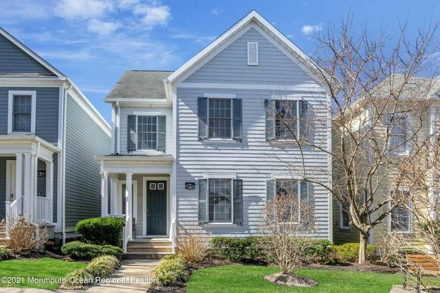 5 Goldcrest Drive, Lakewood, NJ 08701 (MLS #22116680) :: The MEEHAN Group of RE/MAX New Beginnings Realty