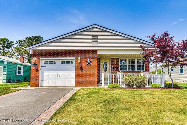 50 Woodstock Drive, Toms River, NJ 08757 (MLS #22116799) :: Caitlyn Mulligan with RE/MAX Revolution