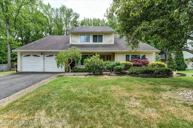 233 Victoria Court, Matawan, NJ 07747 (MLS #22116815) :: The MEEHAN Group of RE/MAX New Beginnings Realty